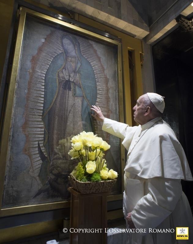 Virgen y Papa